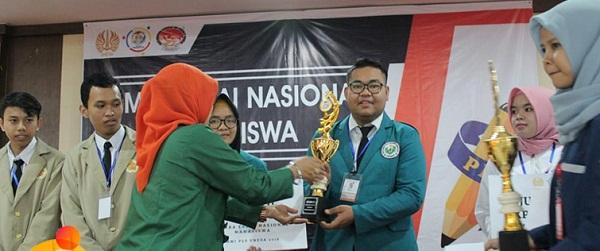 Mahasiswa UNIMED Juara Lomba Karya Tulis Essay Nasional Edufair II 2018