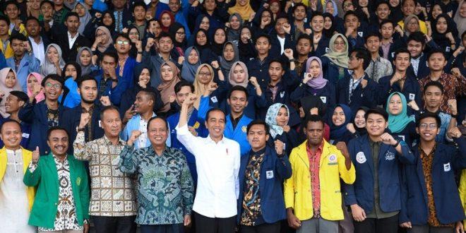 Presiden Minta Mahasiswa Demo Dukung Pemerintah