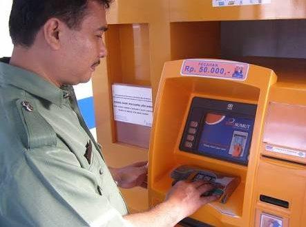 PNS Pemko Medan Tak Bisa Ambil Gaji Di Bank Sumut