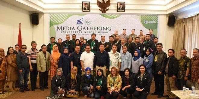 UNIMED dan Jurnalis Tingkatkan Silaturrahim & Sinergi