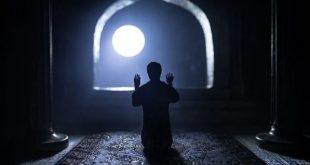 Imam Ghazali Jelaskan Penyebab Sulitnya Seseorang Bangun Tahajjud